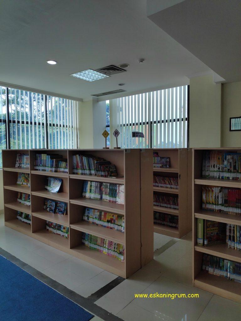rak buku anak